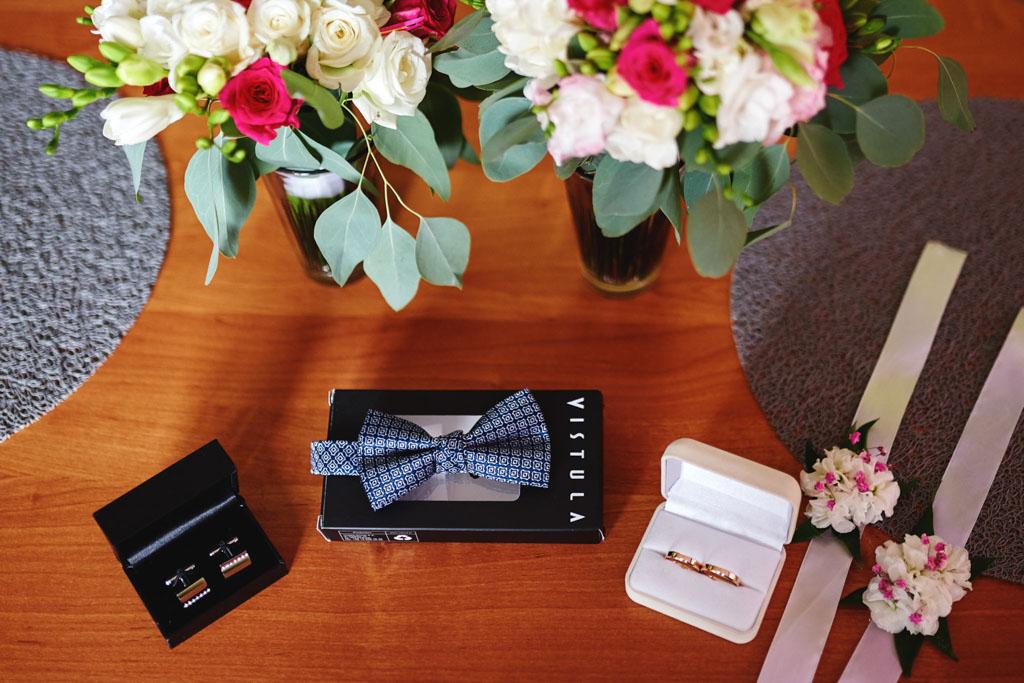 detale ślubne uchwycone przez fotografa w Sandomierzu