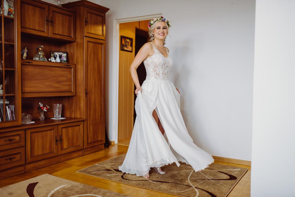 szczesliwa panna mloda , flisacka gmina, flisacy na slubie i weselu w nisku, fotograf na slub stalowa wola, fotograf slubny krakow, fotograf na ślub w sandomierzu