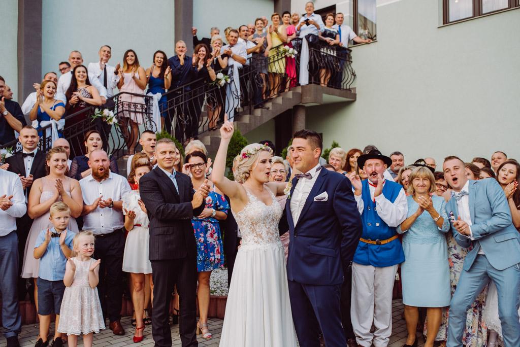 zdjecia grupowe na weselu, flisacka gmina, flisacy na slubie i weselu w nisku, fotograf na slub stalowa wola, fotograf slubny krakow, fotograf na ślub w sandomierzu